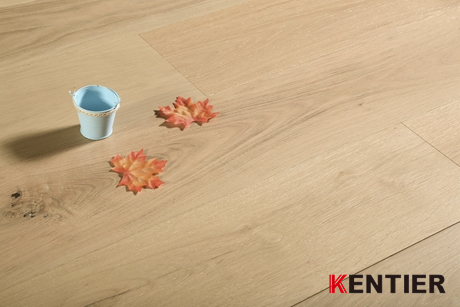 K5103-White Oak Engineered Flooring with Wire Brushed Treatment