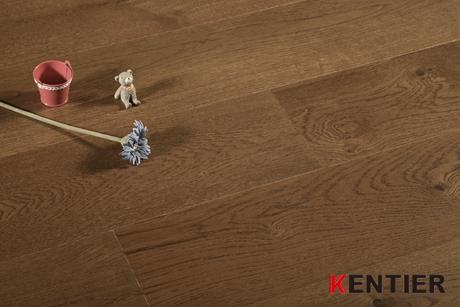 K5106-Oak Veneer Multi-layer Engineered Flooring with Wire Brushed Treatment